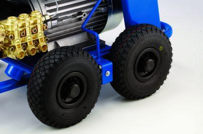 MC 8P_wheels